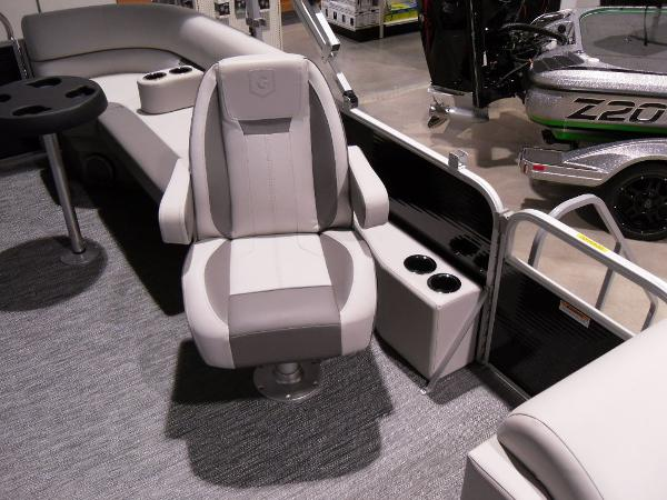 2021 Godfrey Pontoon boat for sale, model of the boat is SW 2286 SBX Sport Tube 27 in. & Image # 9 of 42