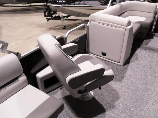 2021 Godfrey Pontoon boat for sale, model of the boat is SW 2286 SBX Sport Tube 27 in. & Image # 10 of 42