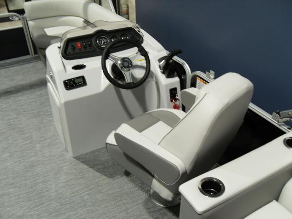 2021 Godfrey Pontoon boat for sale, model of the boat is SW 2286 SBX Sport Tube 27 in. & Image # 11 of 42