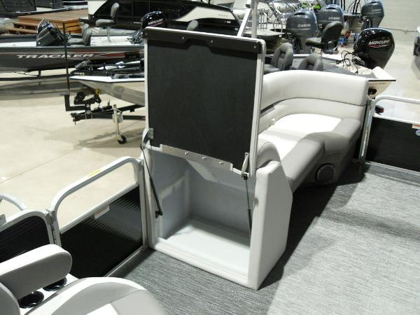 2021 Godfrey Pontoon boat for sale, model of the boat is SW 2286 SBX Sport Tube 27 in. & Image # 17 of 42