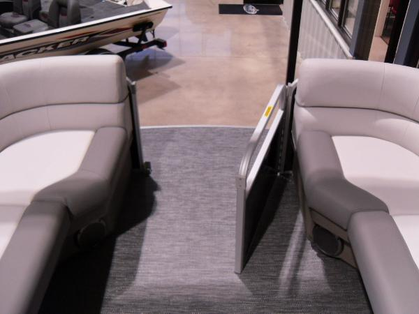 2021 Godfrey Pontoon boat for sale, model of the boat is SW 2286 SBX Sport Tube 27 in. & Image # 22 of 42