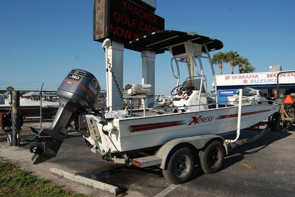 2000 Xpress boat for sale, model of the boat is JBC 21 & Image # 3 of 11