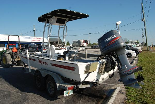 2000 Xpress boat for sale, model of the boat is JBC 21 & Image # 4 of 11