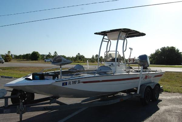 2000 Xpress boat for sale, model of the boat is JBC 21 & Image # 6 of 11