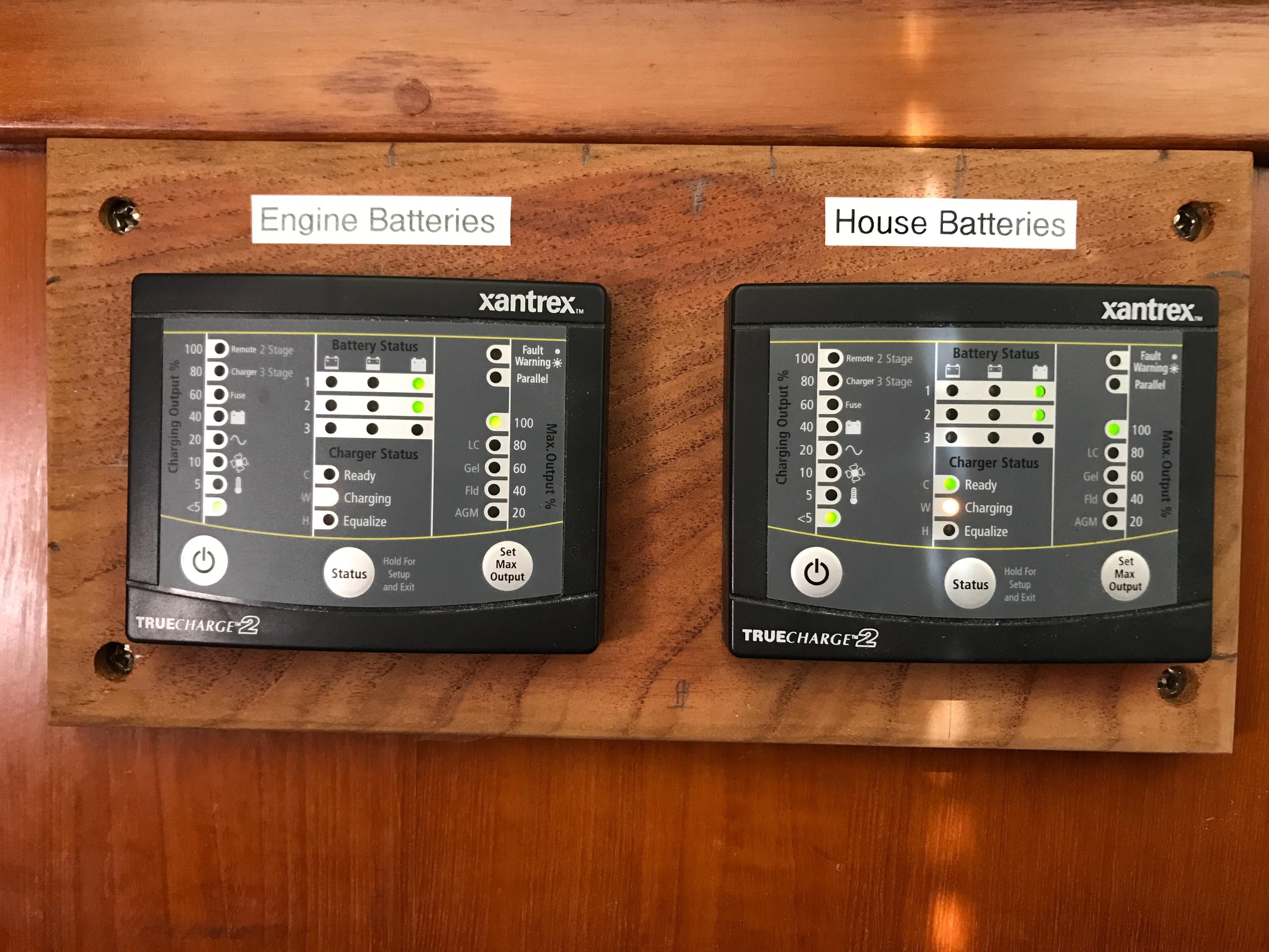 Marine Trader 43 LaBelle Trawler - battery chargers