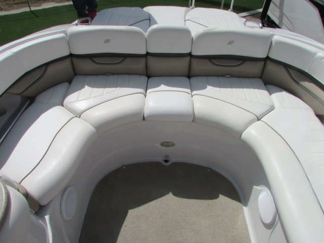 2005 Four Winns boat for sale, model of the boat is 230 Horizon & Image # 13 of 20