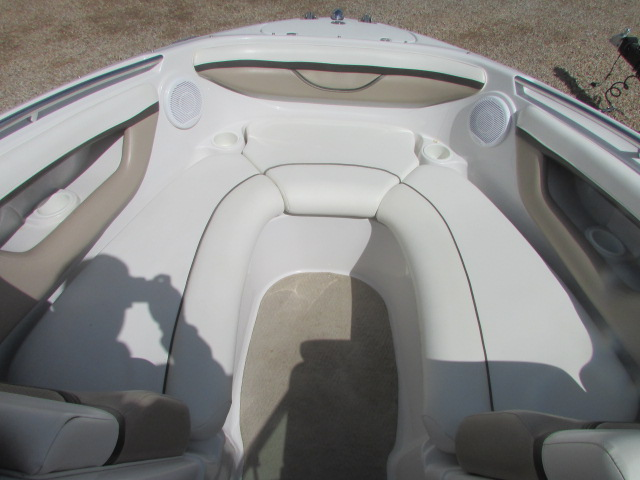 2005 Four Winns boat for sale, model of the boat is 230 Horizon & Image # 16 of 20