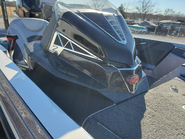 2018 Ranger Boats boat for sale, model of the boat is Z521L & Image # 5 of 11
