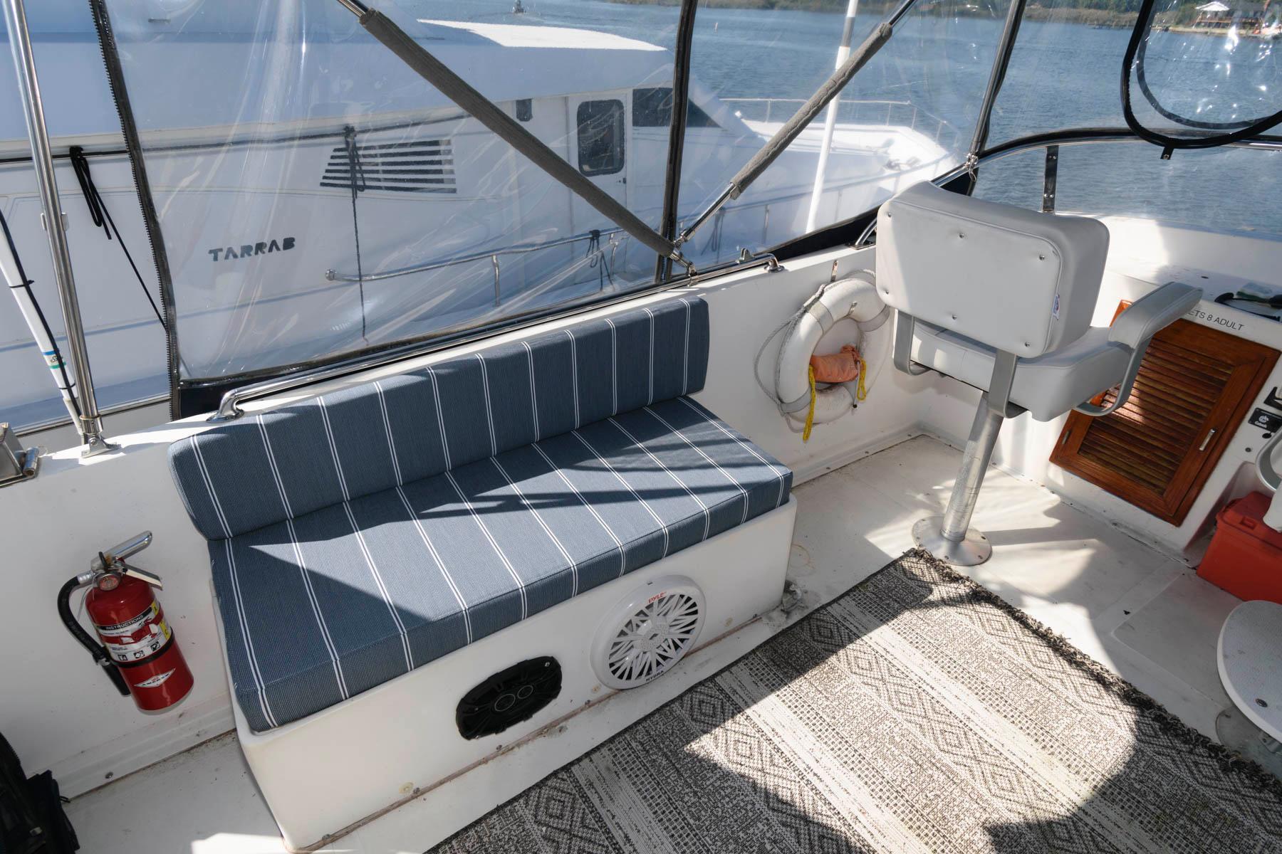 M 6538 TW Knot 10 Yacht Sales