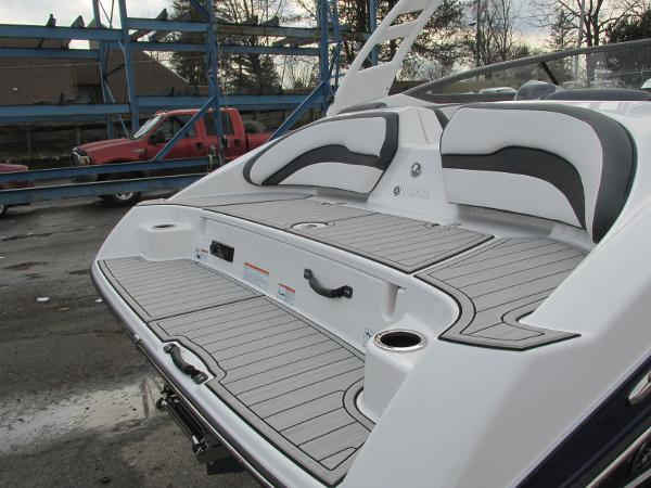 2021 Yamaha boat for sale, model of the boat is 195S & Image # 5 of 37