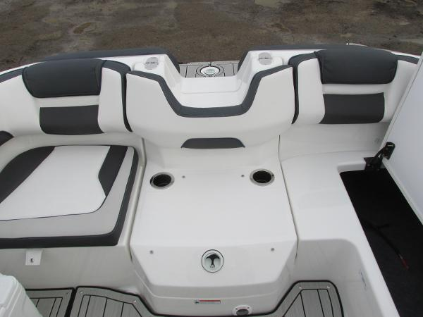 2021 Yamaha boat for sale, model of the boat is 195S & Image # 24 of 37
