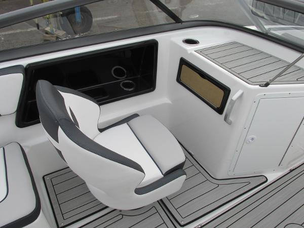 2021 Yamaha boat for sale, model of the boat is 195S & Image # 27 of 37