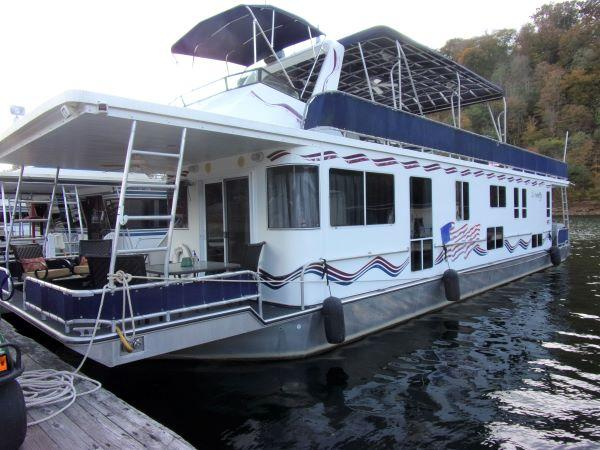 2003 Horizon 15 x 62 Houseboat
