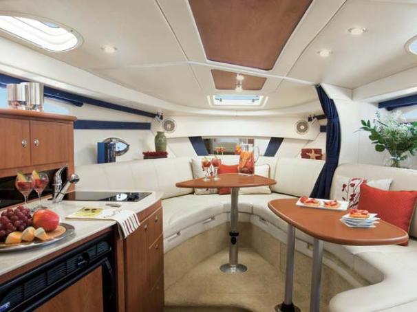 NJ 5814 KG Knot 10 Yacht Sales