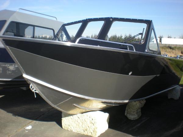 2021 RAIDER Mariner 218