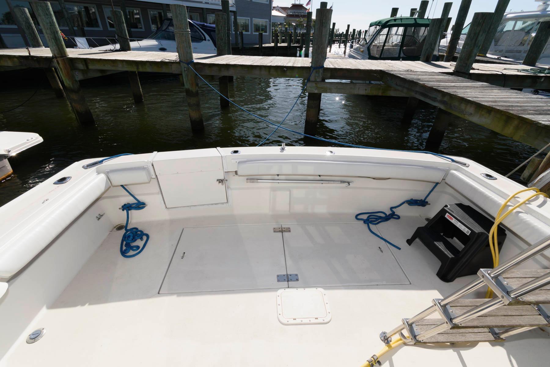 M 5823 JP Knot 10 Yacht Sales