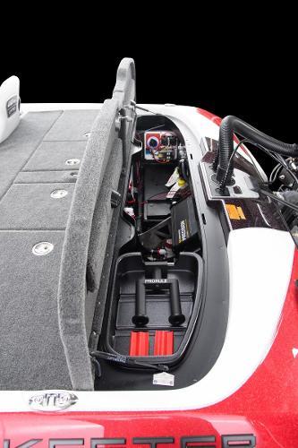 2021 Skeeter boat for sale, model of the boat is FXR21LE & Image # 11 of 15