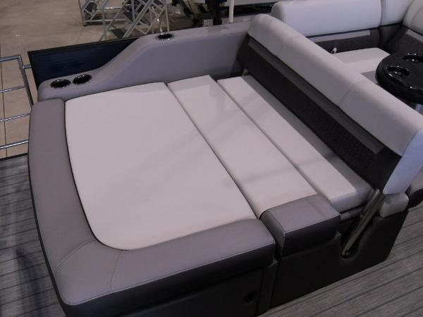 2021 Godfrey Pontoon boat for sale, model of the boat is SW 2286 SFL GTP 27 in. & Image # 8 of 19