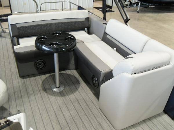 2021 Godfrey Pontoon boat for sale, model of the boat is SW 2286 SFL GTP 27 in. & Image # 9 of 19