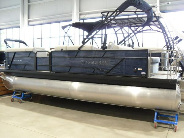 2021 Godfrey Pontoon boat for sale, model of the boat is SW 2286 SFL GTP 27 in. & Image # 19 of 19