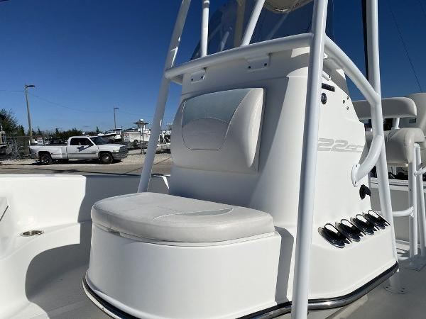 2015 Epic boat for sale, model of the boat is 22SC & Image # 9 of 10