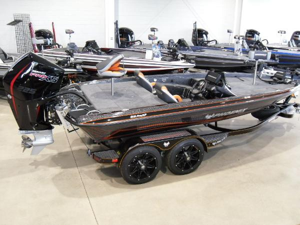 2020 Phoenix boat for sale, model of the boat is 919 ProXP & Image # 4 of 22