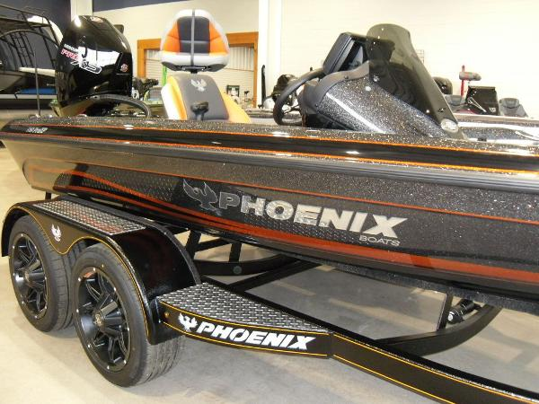2020 Phoenix boat for sale, model of the boat is 919 ProXP & Image # 10 of 22