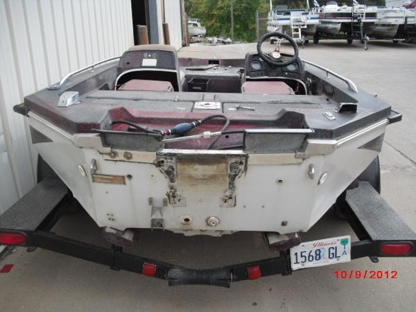 1979 Skeeter boat for sale, model of the boat is SW150 & Image # 4 of 9