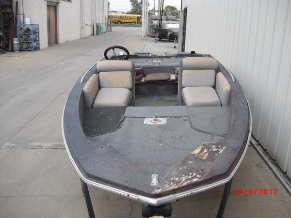 1979 Skeeter boat for sale, model of the boat is SW150 & Image # 2 of 9