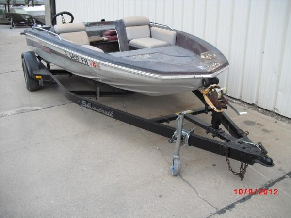 1979 Skeeter boat for sale, model of the boat is SW150 & Image # 7 of 9