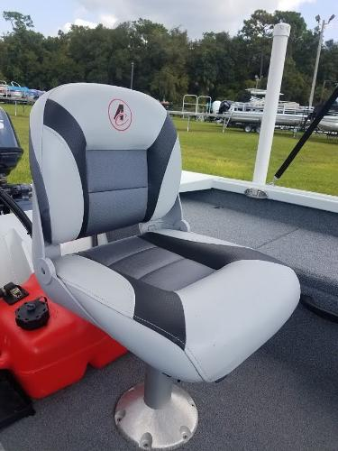 2018 Alumacraft boat for sale, model of the boat is Crappie & Image # 4 of 14