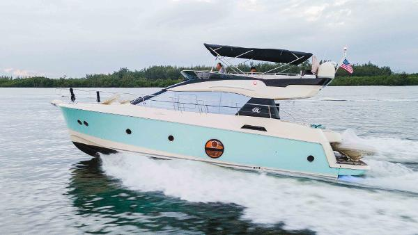 2016 MONTE CARLO MC5 Flybridge