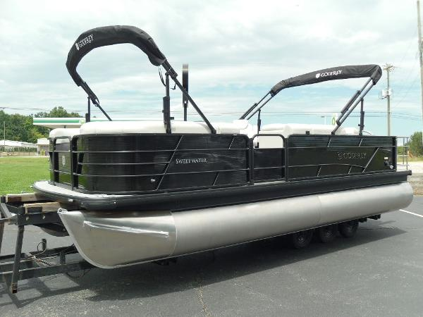 2021 Godfrey Pontoon boat for sale, model of the boat is SW 2286 SFL GTP 27 in. & Image # 11 of 43
