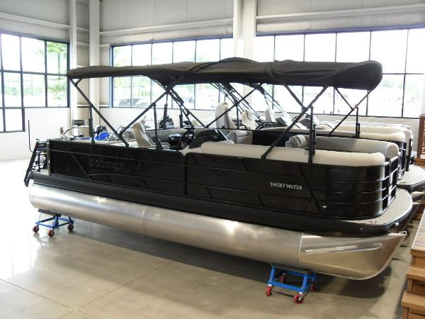 2021 Godfrey Pontoon boat for sale, model of the boat is SW 2286 SFL GTP 27 in. & Image # 25 of 43