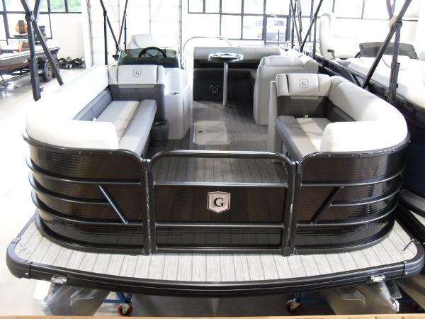 2021 Godfrey Pontoon boat for sale, model of the boat is SW 2286 SFL GTP 27 in. & Image # 28 of 43