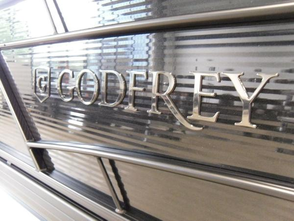 2021 Godfrey Pontoon boat for sale, model of the boat is SW 2286 SFL GTP 27 in. & Image # 31 of 43