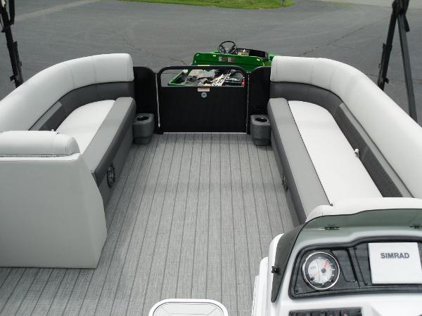 2021 Godfrey Pontoon boat for sale, model of the boat is SW 2286 SFL GTP 27 in. & Image # 35 of 43