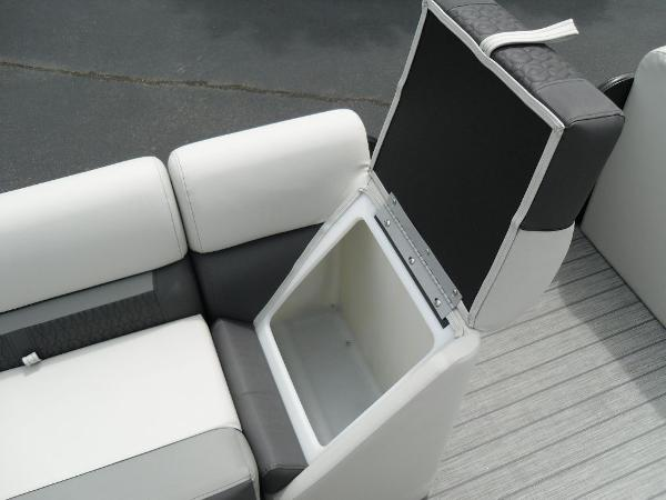 2021 Godfrey Pontoon boat for sale, model of the boat is SW 2286 SFL GTP 27 in. & Image # 42 of 43