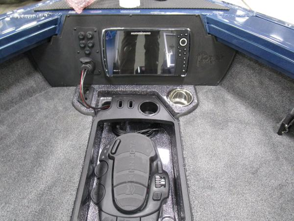 2021 Ranger Boats boat for sale, model of the boat is VX1888 WT & Image # 6 of 15