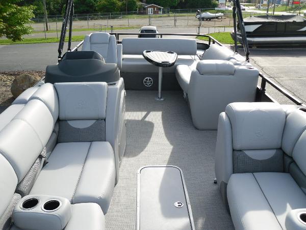 2021 Regency boat for sale, model of the boat is 250 DL3 & Image # 13 of 35