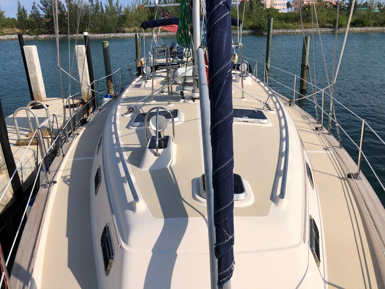 Wide side deck