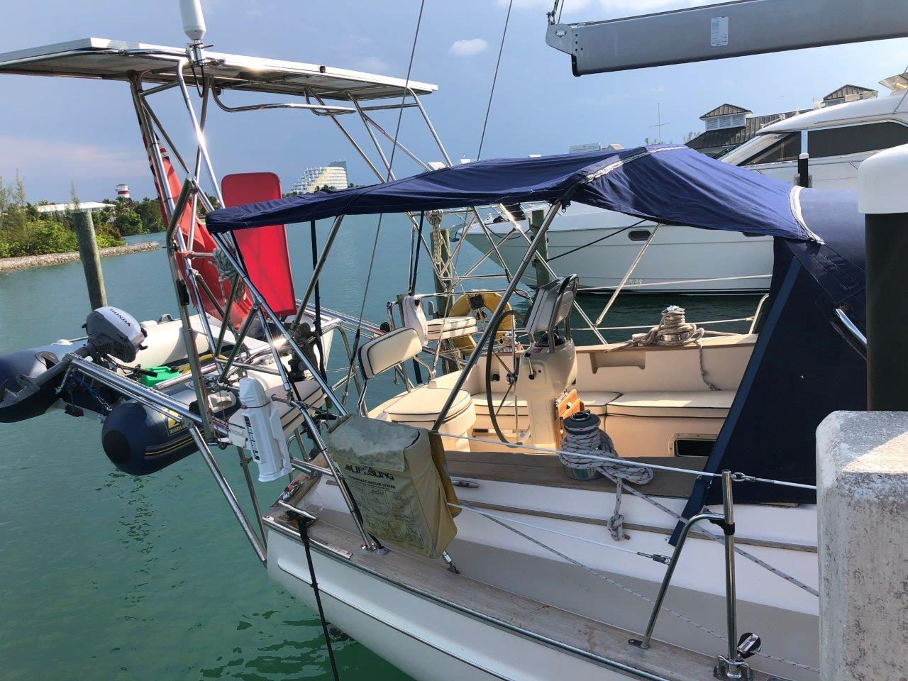 Davits, arch and solar