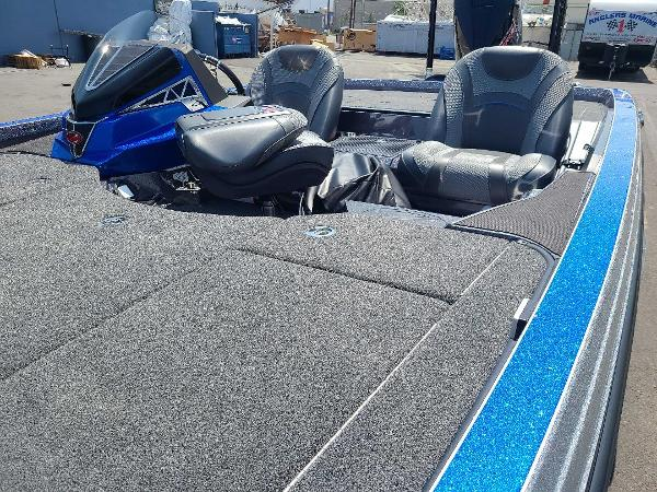 2021 Ranger Boats boat for sale, model of the boat is Z521L RANGER CUP EQUIPPED & Image # 7 of 69