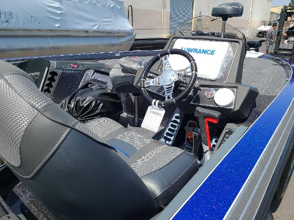 2021 Ranger Boats boat for sale, model of the boat is Z521L RANGER CUP EQUIPPED & Image # 6 of 69