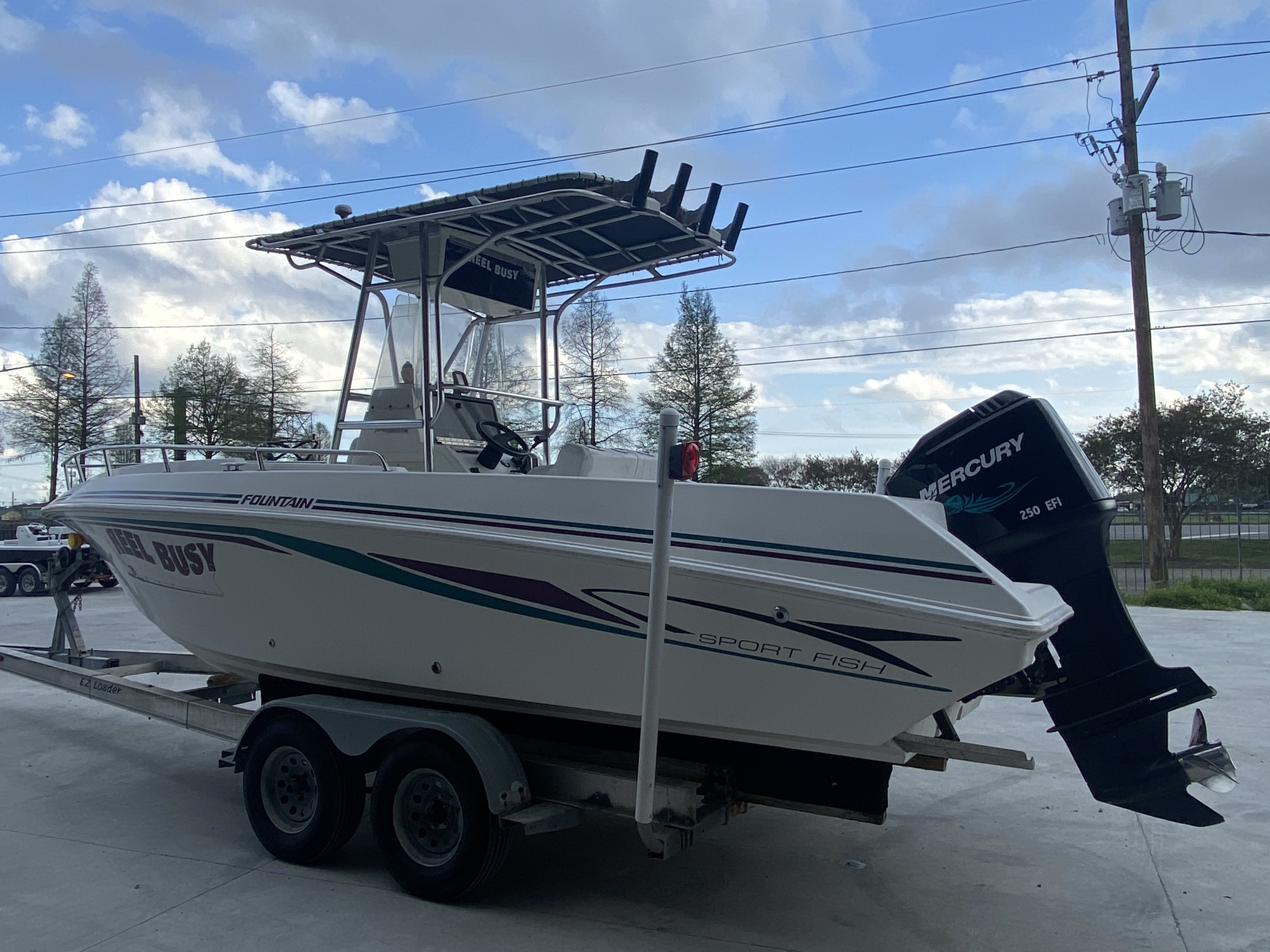 1998 Fountain boat for sale, model of the boat is 25 ft & Image # 4 of 7