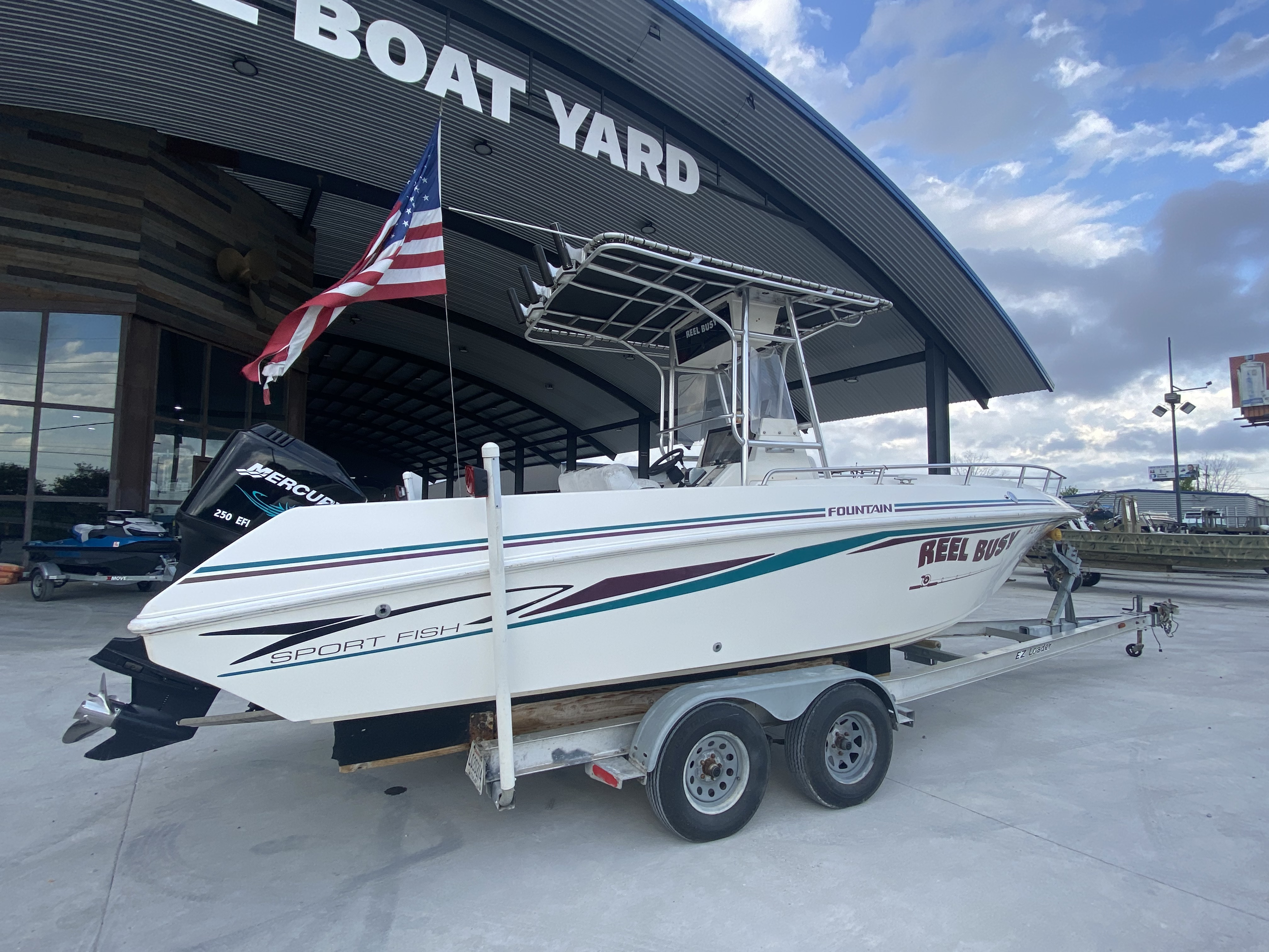 1998 Fountain boat for sale, model of the boat is 25 ft & Image # 5 of 7