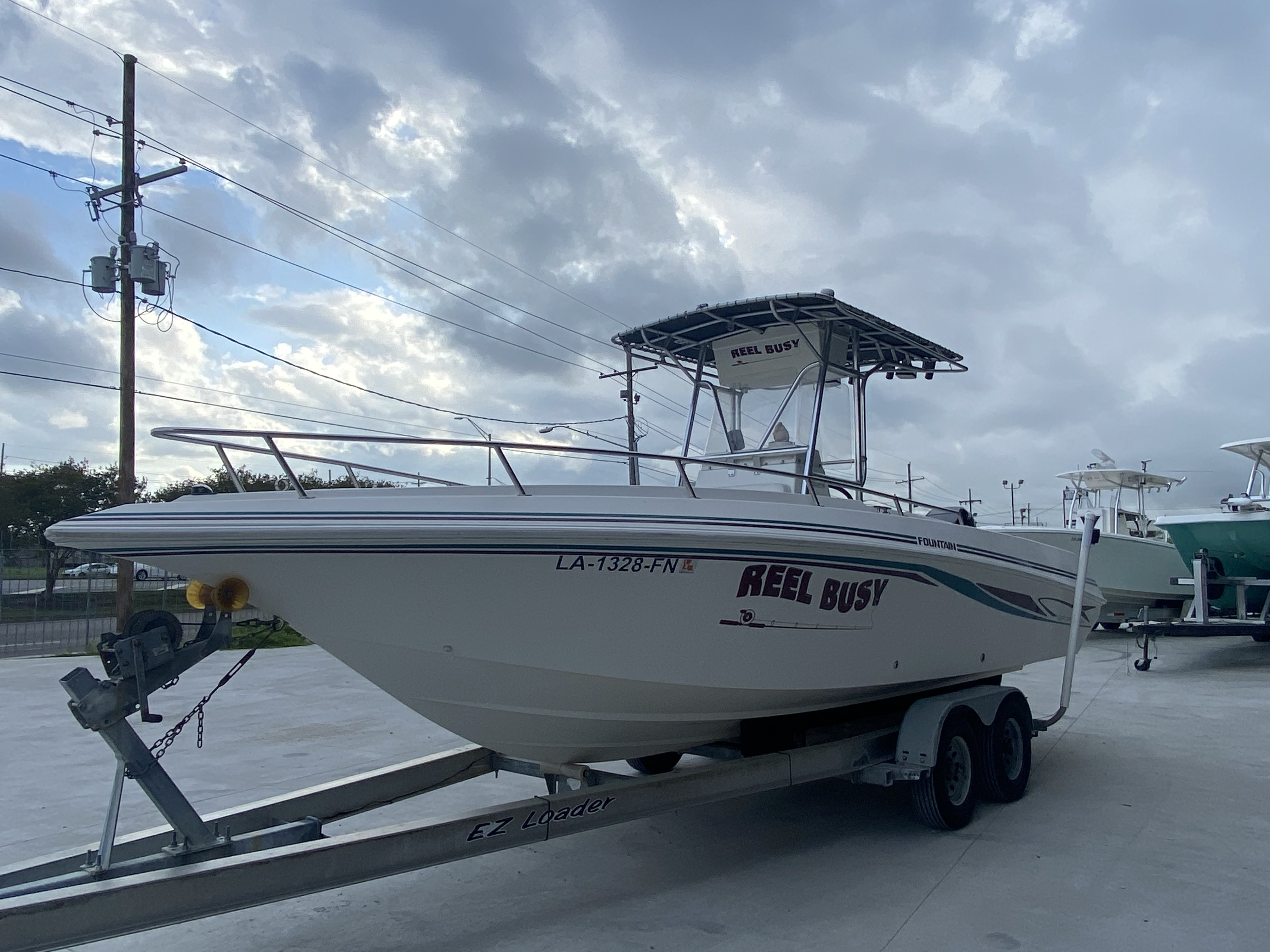 1998 Fountain boat for sale, model of the boat is 25 ft & Image # 7 of 7