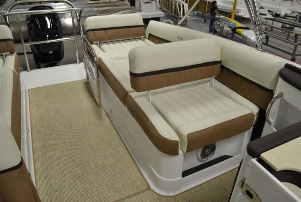 2015 Marker One boat for sale, model of the boat is M27 & Image # 8 of 14