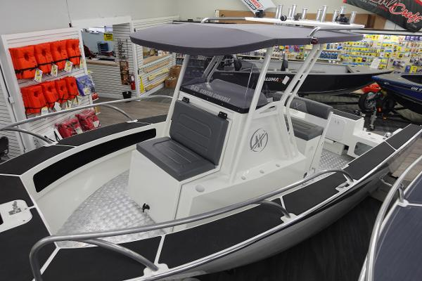2021 Extreme Boats 645 Center Console