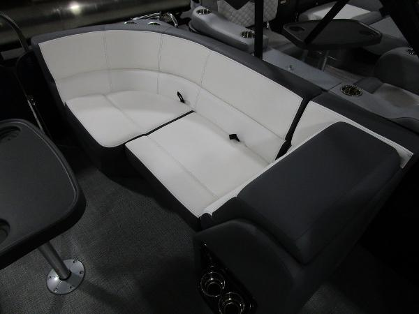 2021 Manitou boat for sale, model of the boat is RF 23 Aurora LE VP & Image # 35 of 36